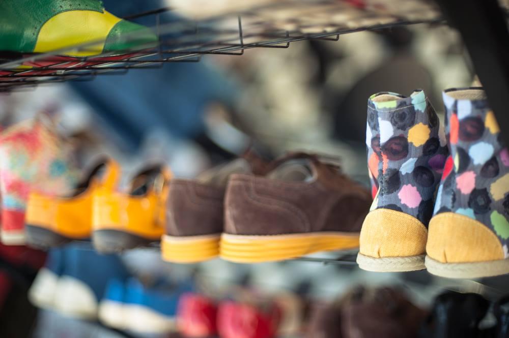 Sapatos produzidos em Brasília vendidos no Picnik.