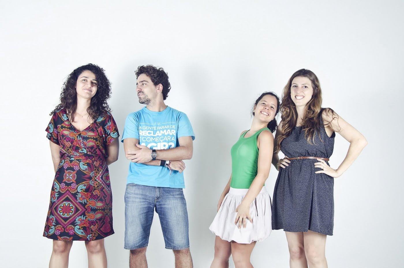 """Fernanda, Tiago, Mari Ribeiro e Mari Campa, da ONG Imagina: """"Nós quase falimos três vezes em dois anos. Aprendemos a encarar as dificuldades com leveza e praticidade. Precisamos de grana? Então vamos atrás. Sem drama"""""""