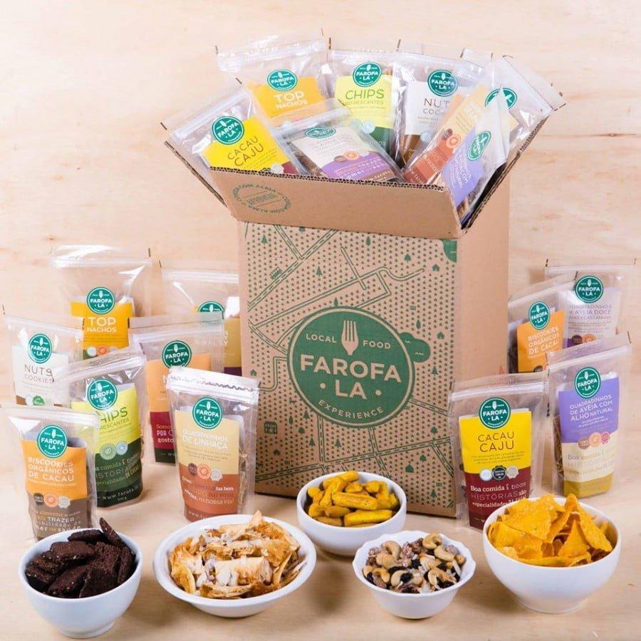 Snackbox do Farofa.la, com produtos sem corantes nem conservantes, como os Palitinhos Crunchy & Salty.