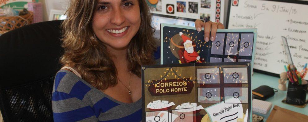 Camila Sallaberry no home-office do qual comanda a Fotoploc: fotografia vira figurinha, que vira negócio.