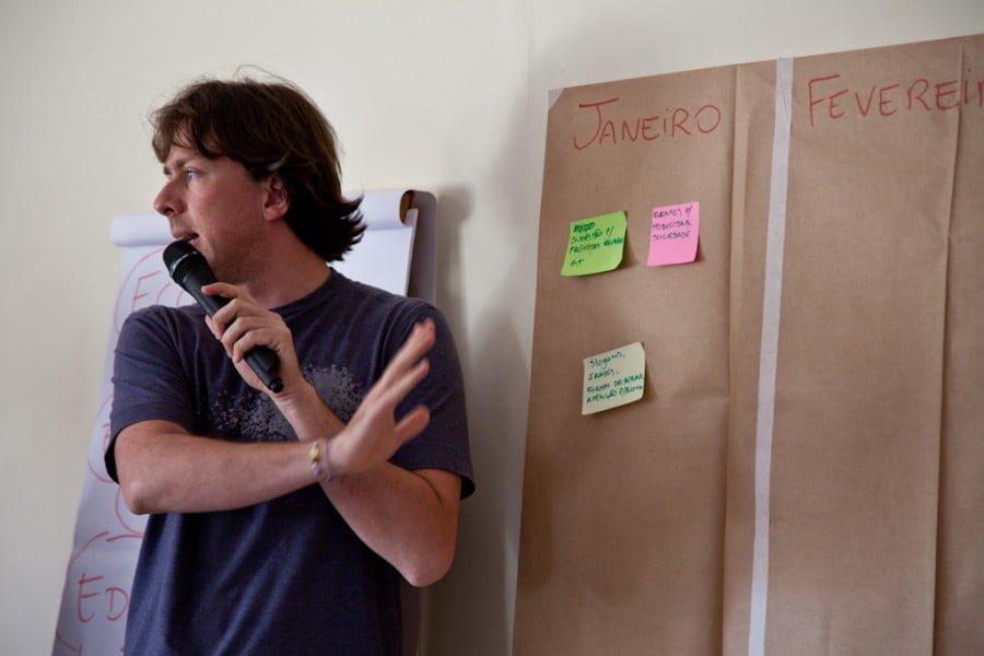 Augusto em um encontro da sociedade civil, no qual foi facilitador de uma das reuniões de preparação para a Rio+20.