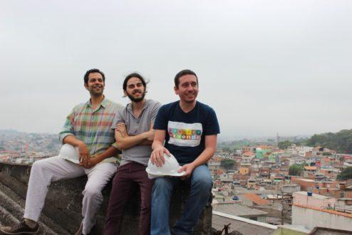 Fernando Assad, Marcelo Coelho e Igiano Souza no Jardim Ibirapuera, onde funciona o primeiro escritório da Vivenda.