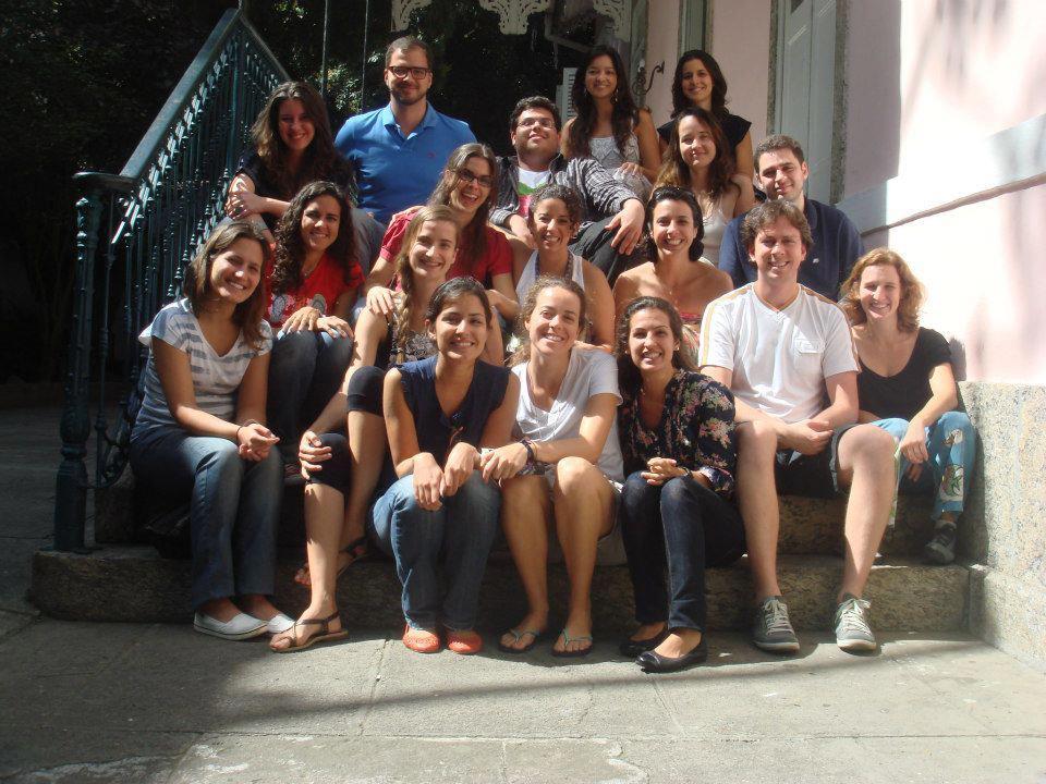 Augusto e a turma do Festival Hub Escola, no Solar das Palmeiras, em Botafogo, em 2011: amigos e parceiros até hoje.