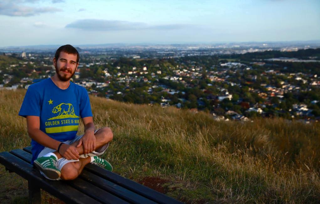 """Rafael Alvez, arejando a cabeça na Nova Zelândia, primeiro país de uma volta ao mundo à qual ele se deu direito após cansar de ser um """"burocrata"""" da mídia."""