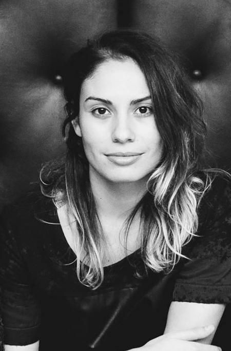 """Luisa Martini, mulher e sócia de Roberto, é a responsável pelo Clan e por manter a """"cultura Flag"""" nas empresas do grupo."""