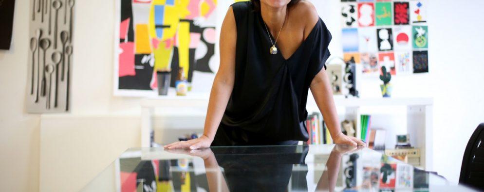 Bebel Abreu, a artista que se tornou empreendedora em duas frentes: exposições e livros.