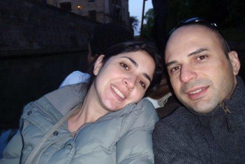 Carol Saliby e Fábio de Souza, que transformou a própria doença em motivação para ajudar outras famílias - seu projeto conecta quem precisa com quem quer ajudar