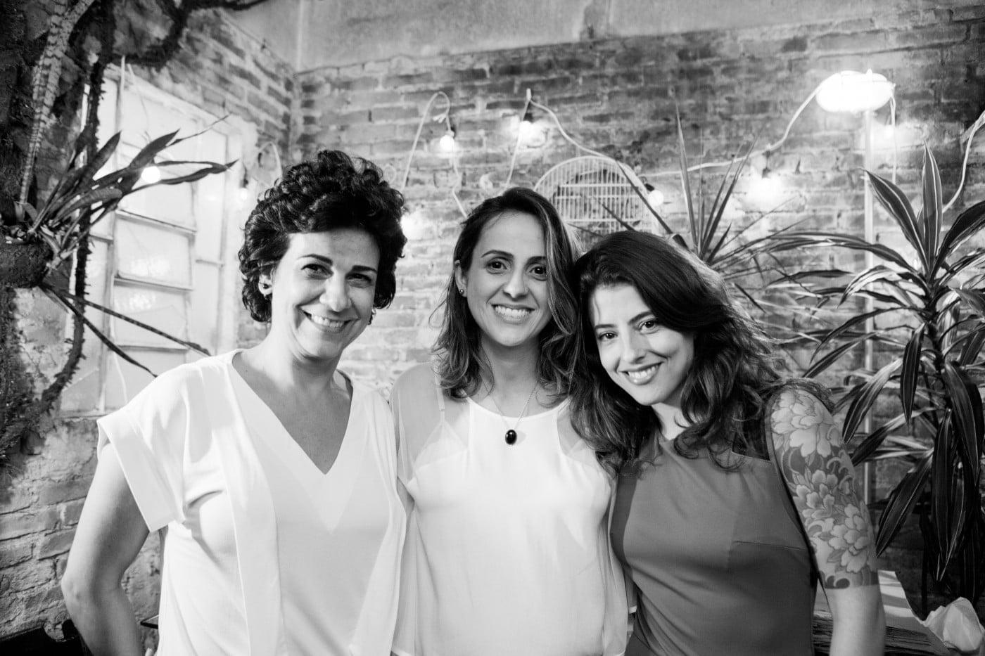 Claudia, Nina e Camila, as três ciclistas e sócias da Velô.
