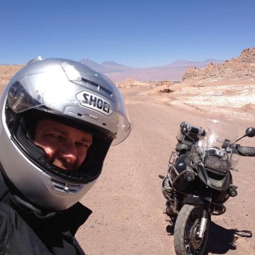 Pegar a estrada de moto é uma meditação para Gus Diament
