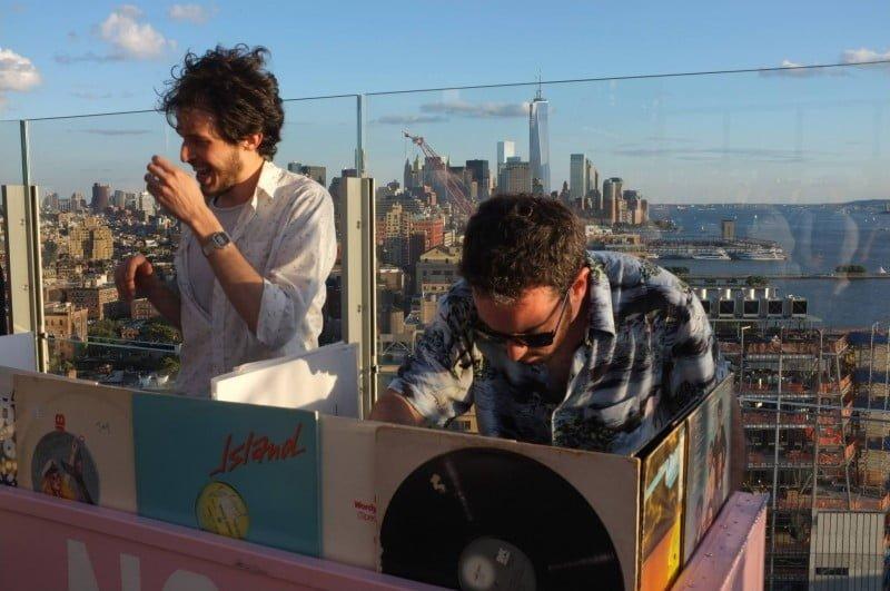 A dupla já levou a festa para o Rio de Janeiro e Nova York (foto),