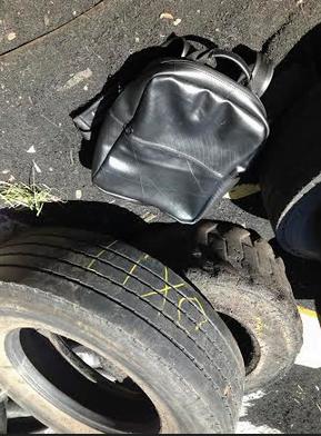 A mochila Vuelo é outro ícone da marca: vem da câmara do pneu, que tem as mesmas características do couro.
