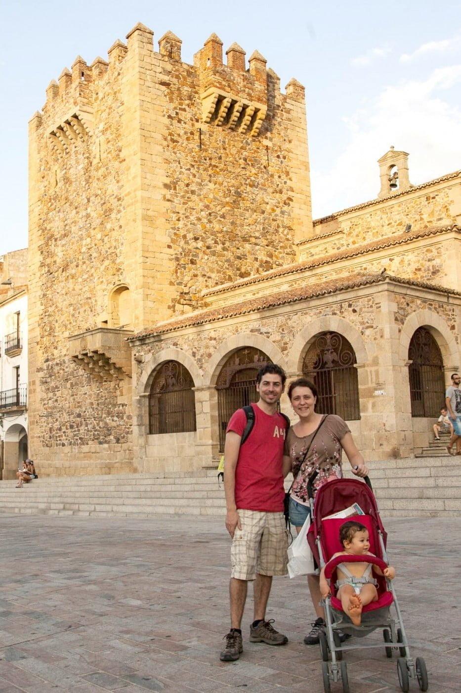 Henry, Denise e Phillipe: em nove anos longe do Brasil, eles viveram em oito países. A receita de liberdade e de mobilidade do casal nômade de Curitiba – e do mundo!