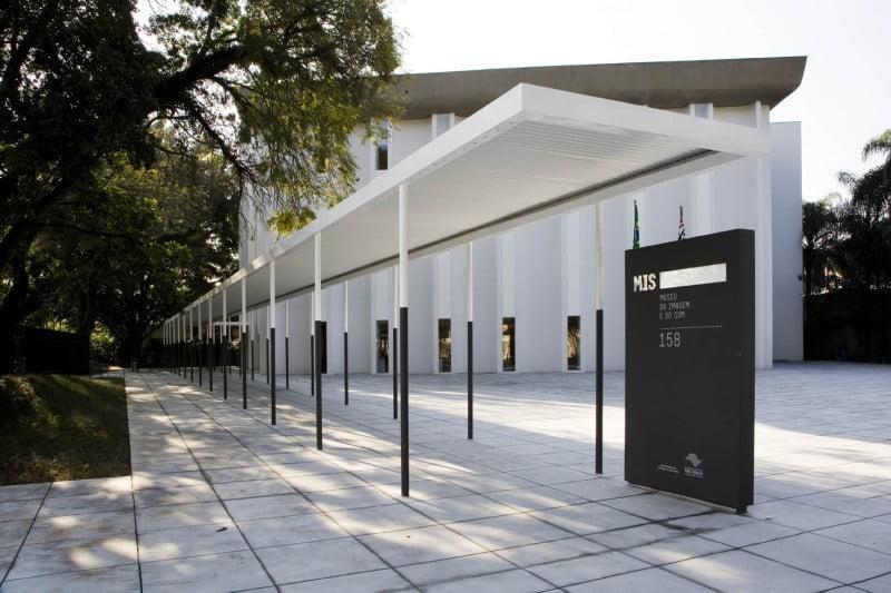 Fachada do MIS, em São Paulo (foto: Ding Musa).