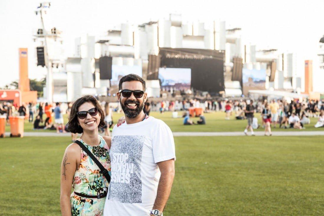 Carol e Franklin fazendo o Projeto Pulso acontecer durante o Rock in Rio 2015.