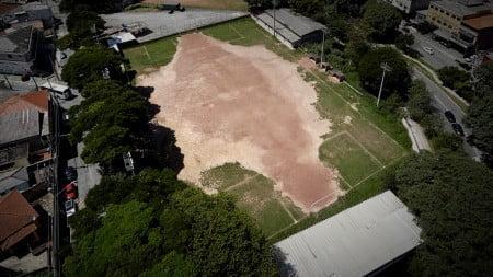 Foto aérea do campinho de Pirituba, antes da reforma.