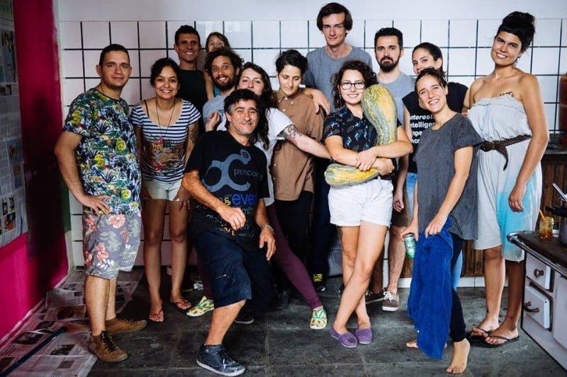 O mutirão de reforma da Samambaia reuniu 30 pessoas, algumas delas inclusive, não eram tão próximas de Bruna.