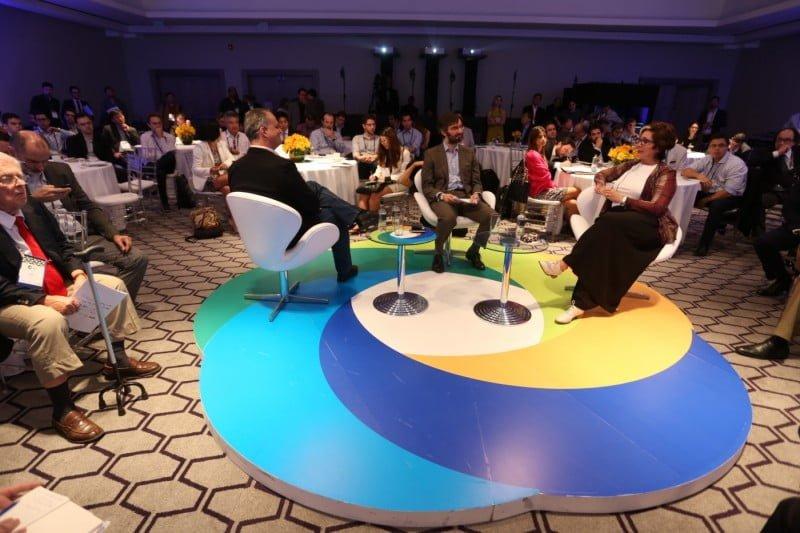 Representantes de algumas das maiores companhias do mundo durante o Corporate Venture in Brasil 2015.
