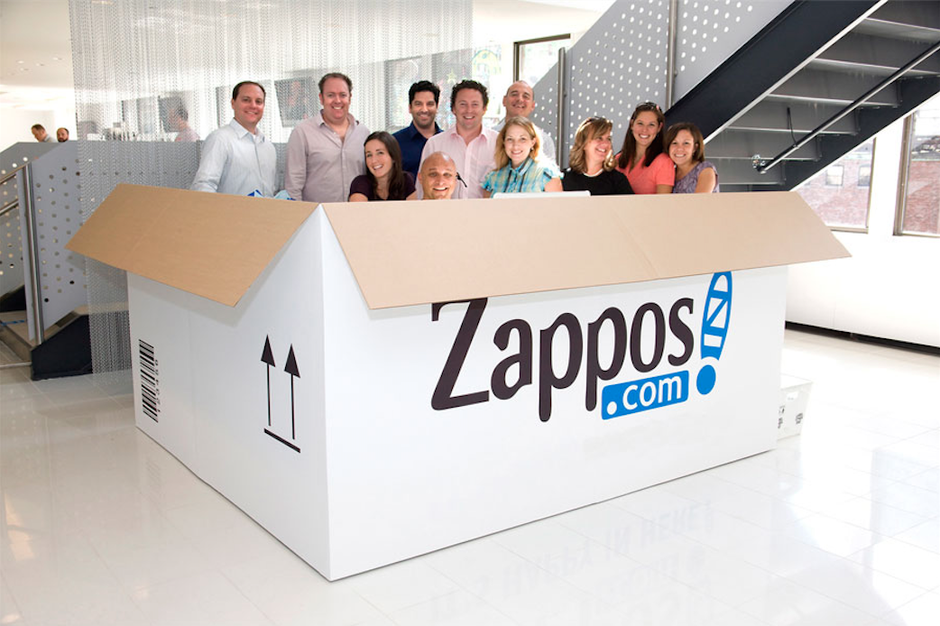 Fora da caixa, dentro da caixa. A americana Zappos, que vende sapatos online, adora a holocracia: não há nomes de cargos nem hierarquia, só resultados.