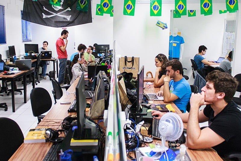 Hoje, a ContaAzul, que tem sede em Joinville, conta com 250 funcionários e já atendeu mais de 500 mil empresas