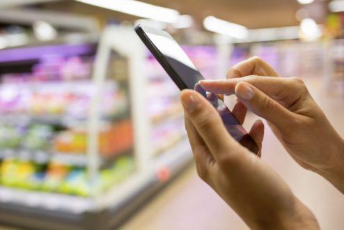 Na palma da mão: o Marketing de Proximidade é ainda mais refinado que as possibilidades anteriores, pois só anuncia algo se você estiver conectado e próximo do local de venda.