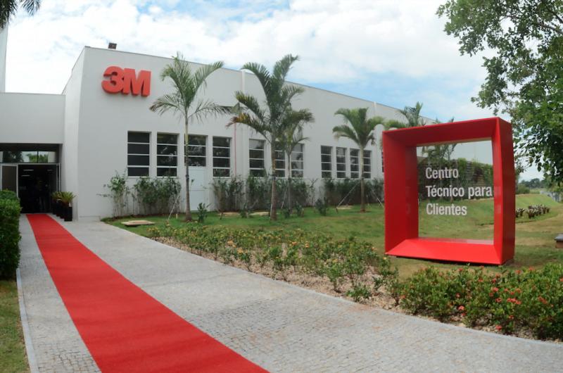 O Centro Técnico para Clientes, da 3M, fica em Campinas e é um laboratório aberto a empresas parceiras e clientes.