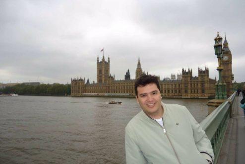 Marcus Afonso passou dois anos em Londres e, ao voltar, sentiu um choque cultural às avessas.