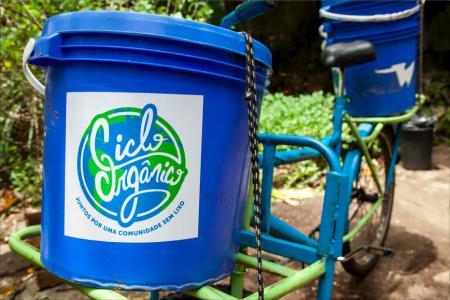 Uma das bicicletas usadas na coleta de resíduos pela Ciclo Orgânico.