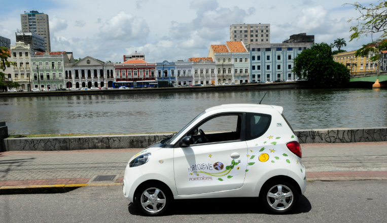 Urbanismo é um dos focos do Porto Digital. O Carro Leve é um sistema de compartilhamento de veículo elétrico, em operação desde o início deste ano.