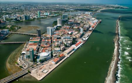 O Porto Digital fica numa ilha, no Bairro do Recife, e ajudou a revitalizar o local.