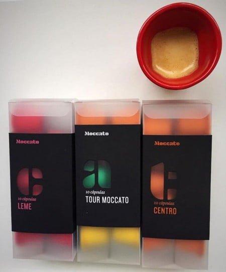 A Moccatoentrega em casa cápsulas com diferentes misturas e aromas de café.