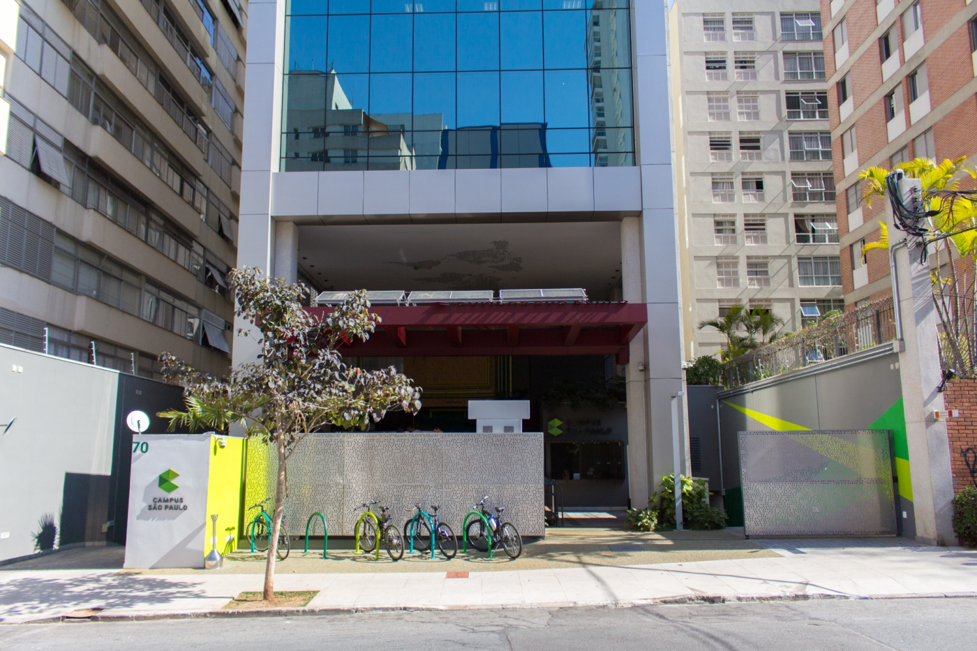 O espaço de trabalho compartilhado do Google abriu em São Paulo há três meses. A tecnologia, a gratuidade a estrutura física impressionam, mas ainda não dá para dizer que a comunidade é integrada.