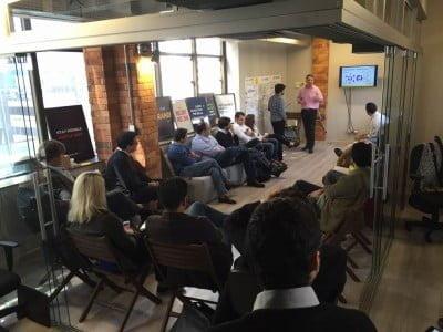 Um workshop da ACE University, braço educacional criado para suprir deficiências do empreendedor brasileiro.