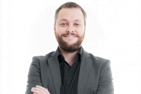 Felipe Morais estreia na Academia Draft em uma aula com tudo que o Planejamento Digital pode fazer pela sua empresa, marca e produtos online. Inscreva-se!