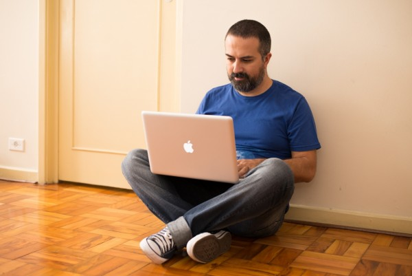Edney Souza, o InterNey, começou a programar aos 13, teve blog, teve agência de blogs, teve agência digital, hoje é professor e consultor.