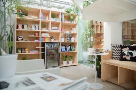 O Meca Spot é uma mistura de café, lojinha e espaço para reuniões. Fica na Vila Madalena, o reduto criativo-hispter da capital paulista.