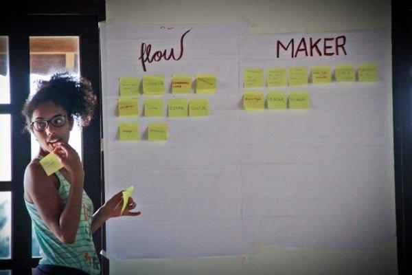 """Nos workshops, há atividades voltadas ao lado """"flow"""", de relações humanas, e ao """"maker"""", de ferramentas práticas."""