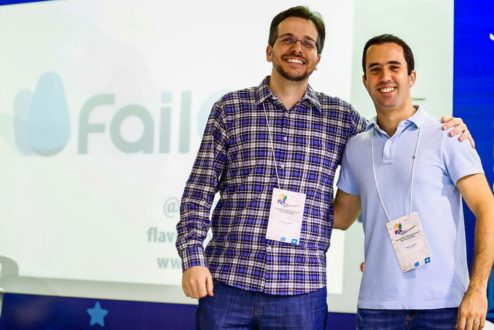 Flávio (à esq.) e Rafael conheceram a FailCon nos Estados Unidos e decidiram trazer o evento ao Brasil (foto: Emmanuel Denaui).