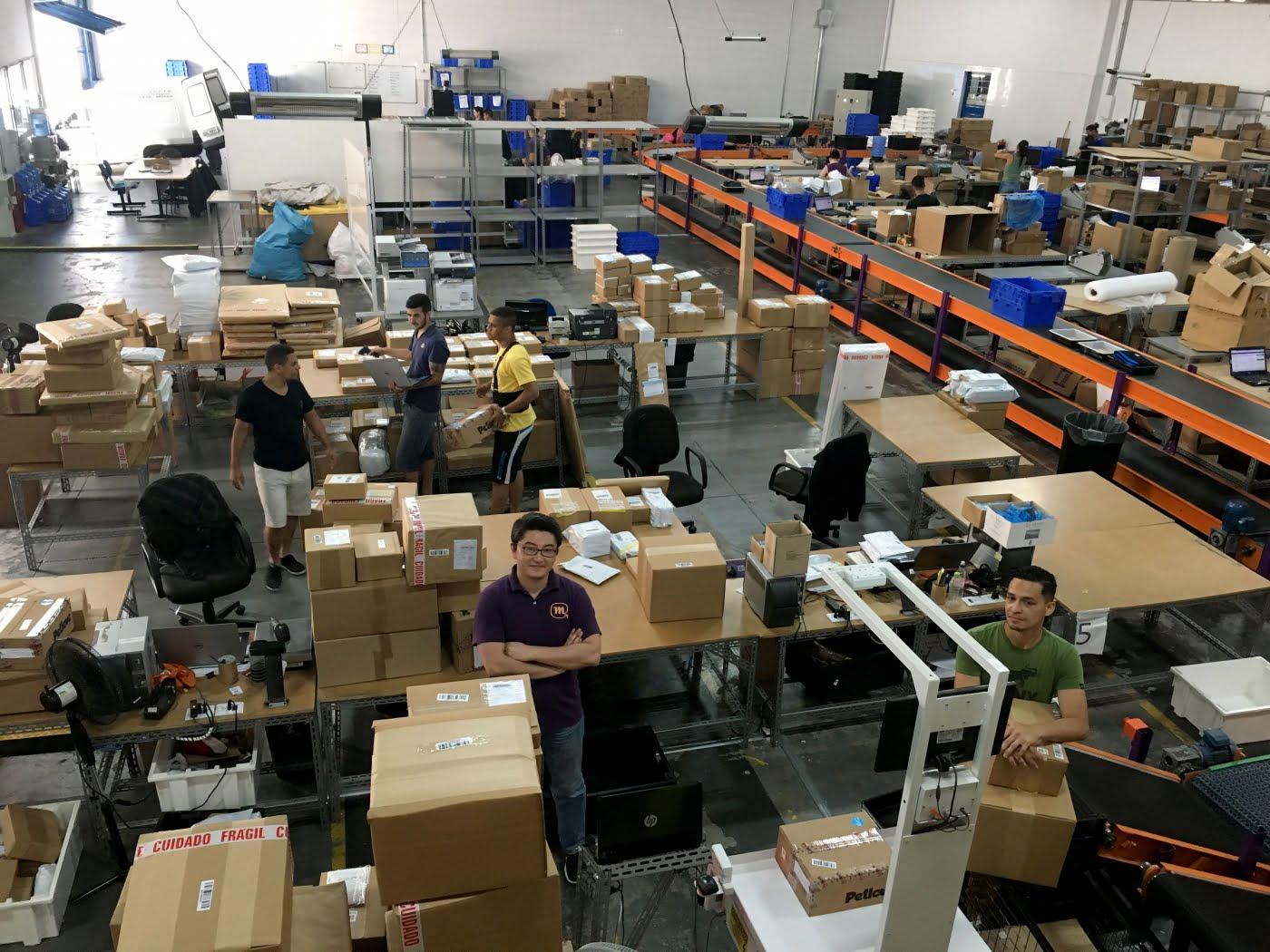 O CEO da Mandaê, Marcelo Fujimoto, conta que engordou 15 quilos, fez coaching, e segue buscando a inovação no mercado de logística.