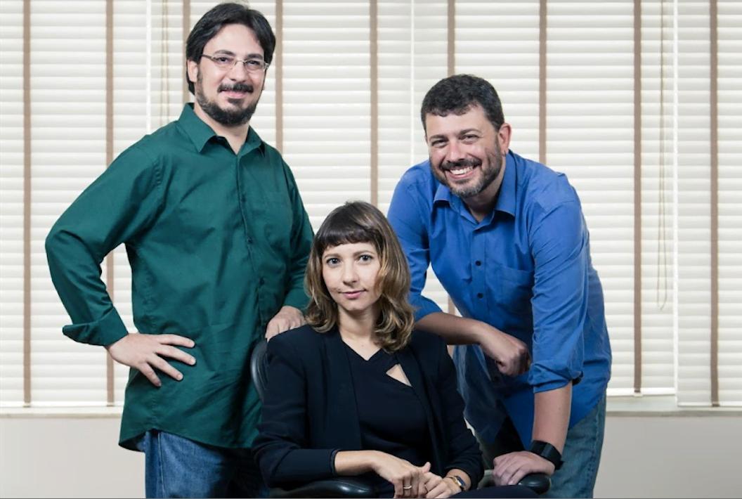 Os sócios Vitor Conceição, Audrey Furlaneto e Pedro Doria e o desafio de levar informação curada a pessoas que têm cada vez menos tempo para se informar.