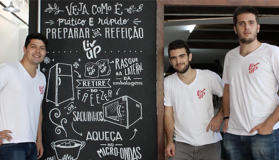 Victor Santos, Henrique Castelanni e Felipe Castelanni são os fundadores da Liv Up, que vende comida ultracongelada.