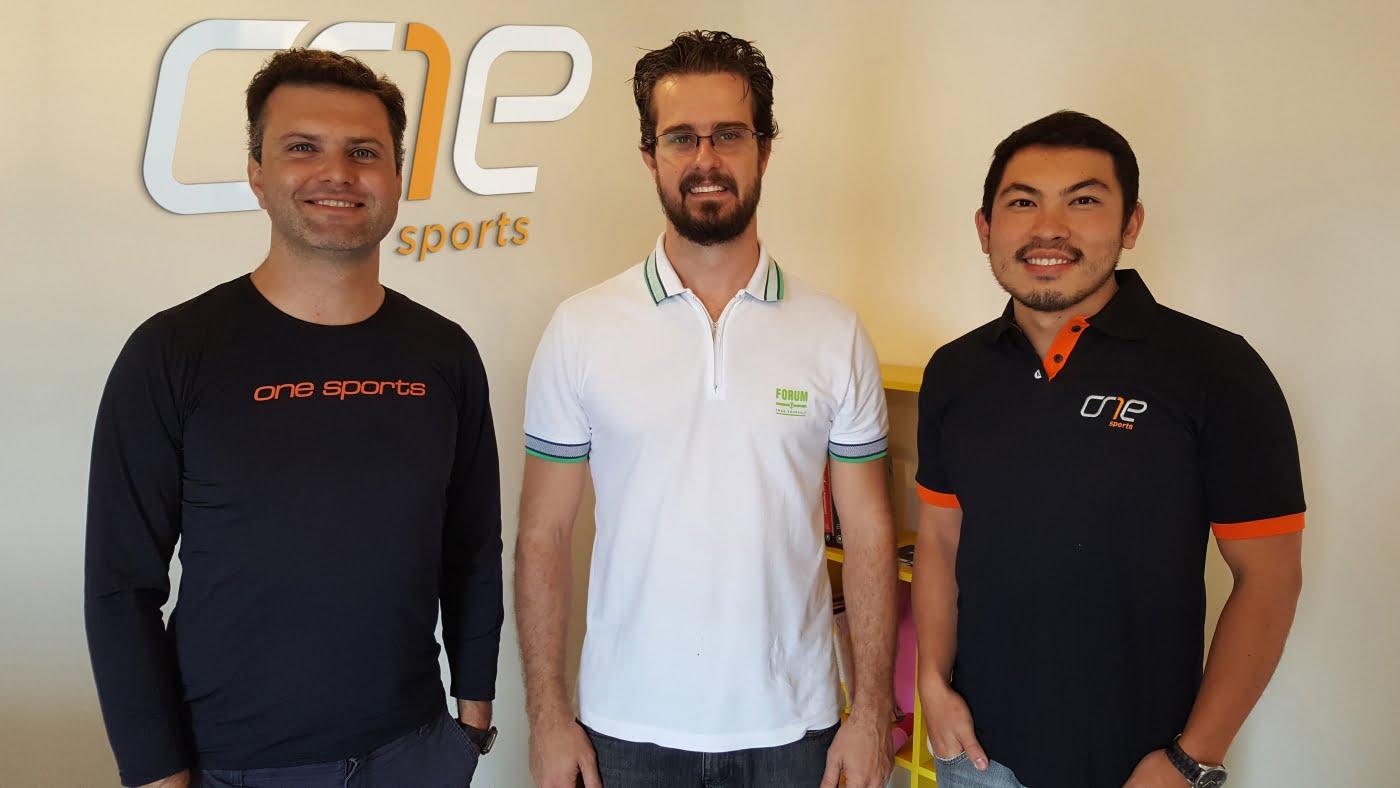 Os fundadores da OneSports: Paulo Camargo, Alexandre Alvaro e Fernando Endo.