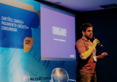 Milton Tavares Neto, cofundador da Konduto, fala em um congresso de segurança em compras online.