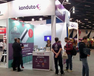 Vida de startup: a Konduto participou, em maio, de outro evento antifraude, o Vtex day.