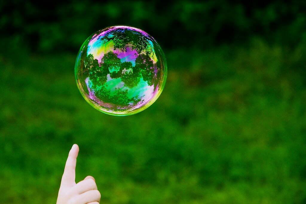 Saia da bolha e vá atrás da opinião de potencias clientes (Imagem: Martin Thomas-Flickr/Reprodução).