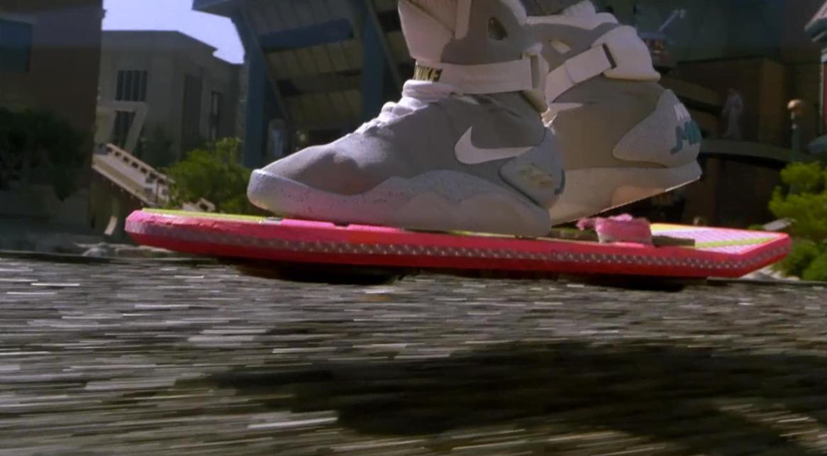 Os Xennials estão entre a Geração X e os Millennials — e sabem que os tênis acima são de Marty McFly em De Volta para o Futuro. Você é um deles? (imagem: reprodução internet).