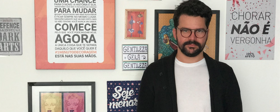 Vicente, fundador do Razões para Acreditar, conseguiu há apenas 2 anos tornar seu projeto financeiramente sustentável.