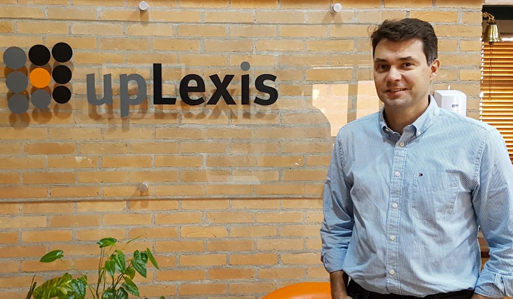 Eduardo Tardelli conta como a startup, que faz clipping eletrônico e tem um buscador jurídico, passou por brigas societárias e enfrentou muitas dívidas antes de remodelar sua gestão e crescer.