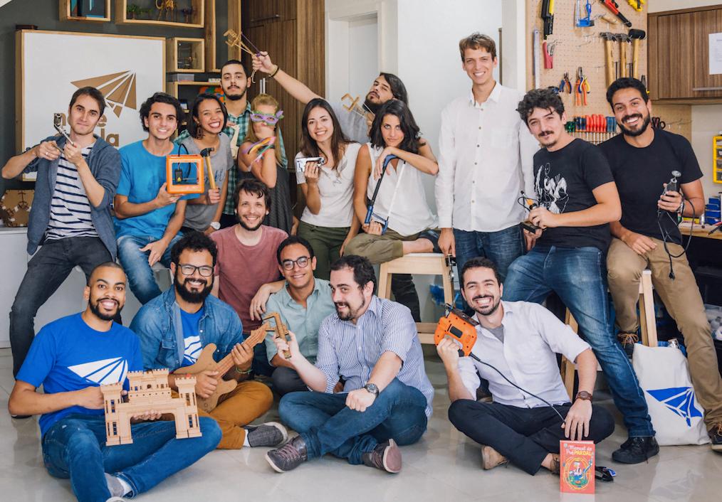 A equipe do Nave à Vela tem engenheiros, designers, cineastas e até neurocientistas.