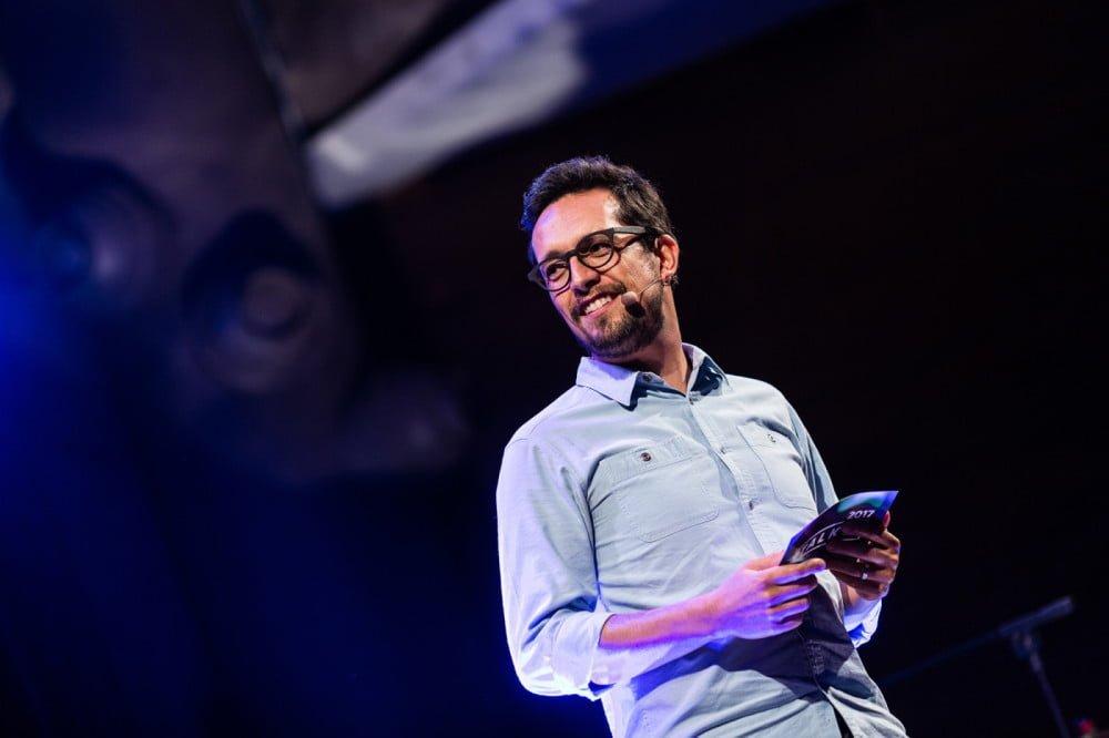 Rodrigo fala sobre a dificuldade de equilibrar palestrantes homens e mulheres. Para ele, estamos cercados por referências que trazem um universo enviesado de exemplos bem-sucedidos de homens brancos (fotos: Fernando Cavalcanti).