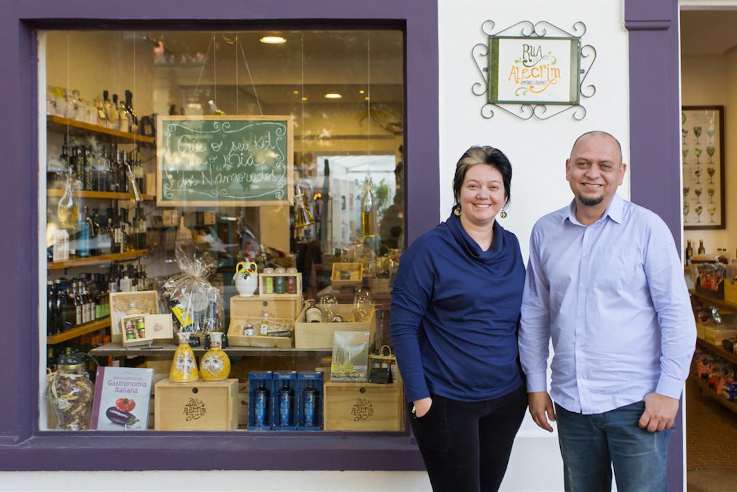 Íris Jönck e Arnaldo Comin revisitam os próprios sonhos e contam o que mudou para o negócio sobreviver (foto: Henrique Manreza).